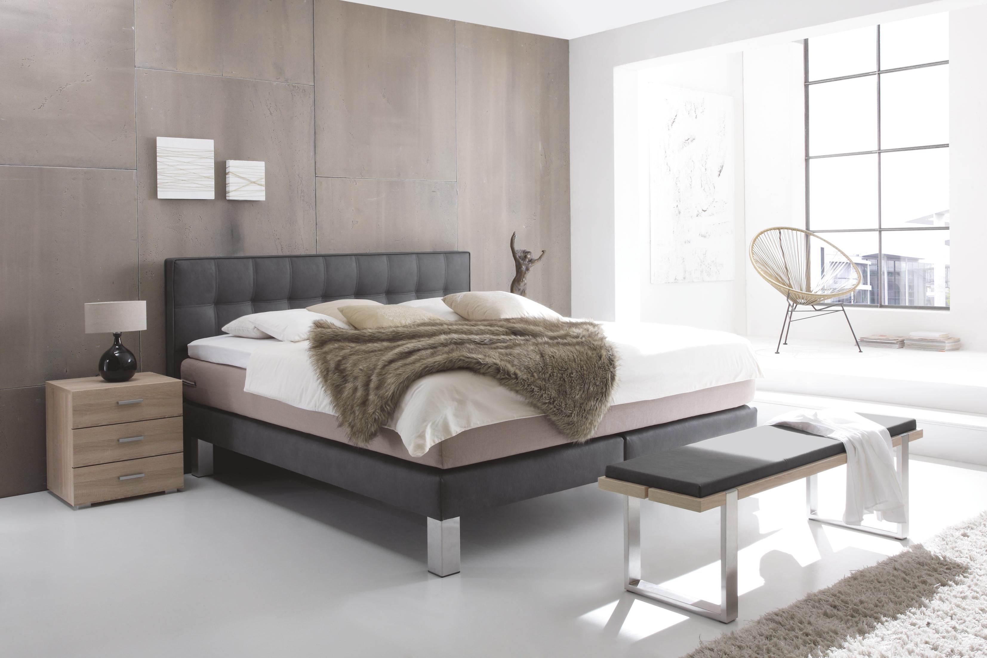 boxspringbett modern art neuesten design kollektionen f r die familien. Black Bedroom Furniture Sets. Home Design Ideas