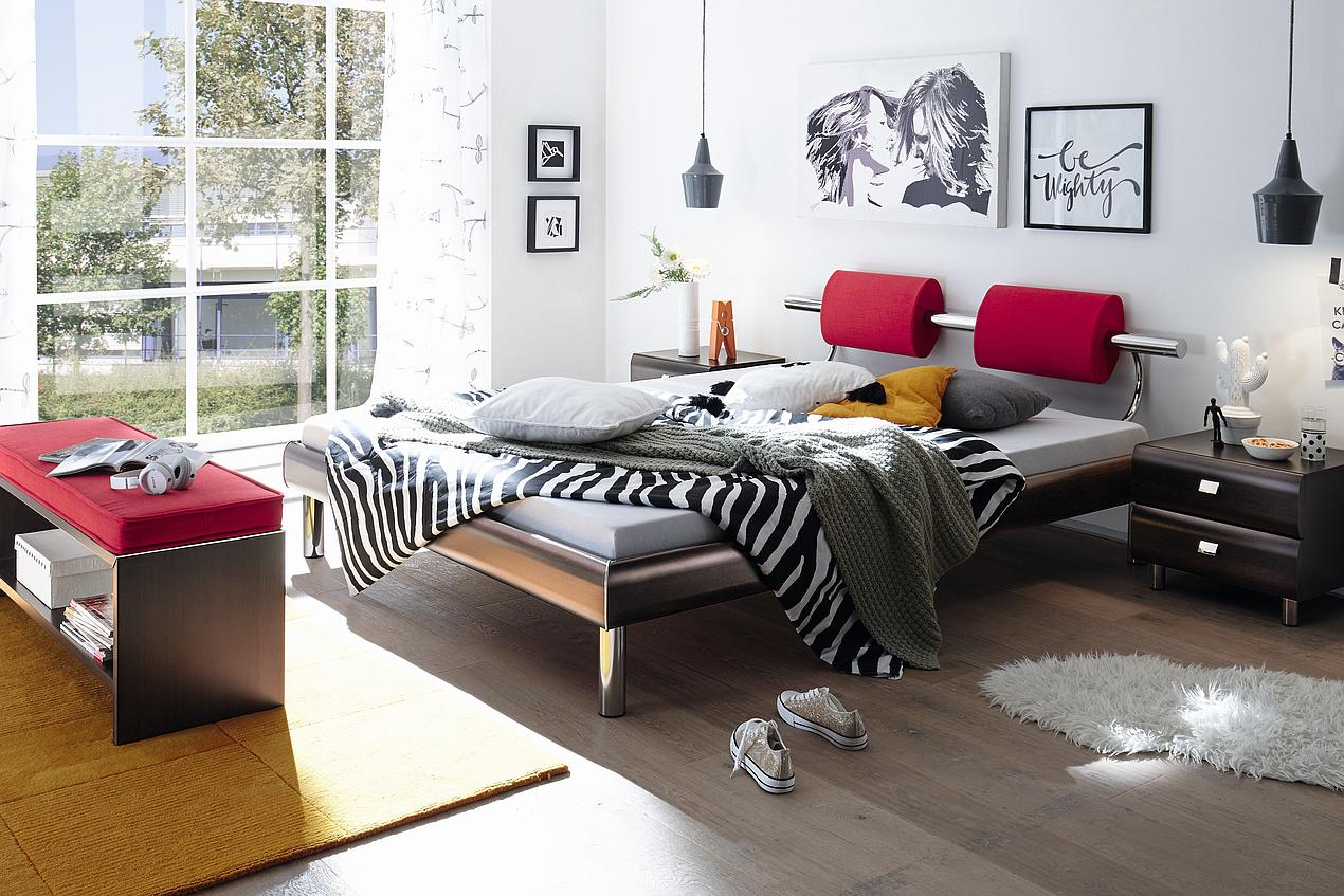 lag wien holzbett hasena serie soft line mit f en soko und kopfteil oria. Black Bedroom Furniture Sets. Home Design Ideas